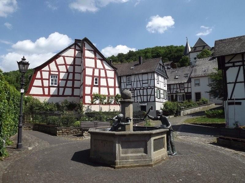 Hankelbrunne, Herrstein