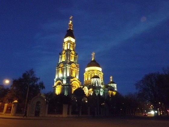 Annunciation  Cathedral_an evening view