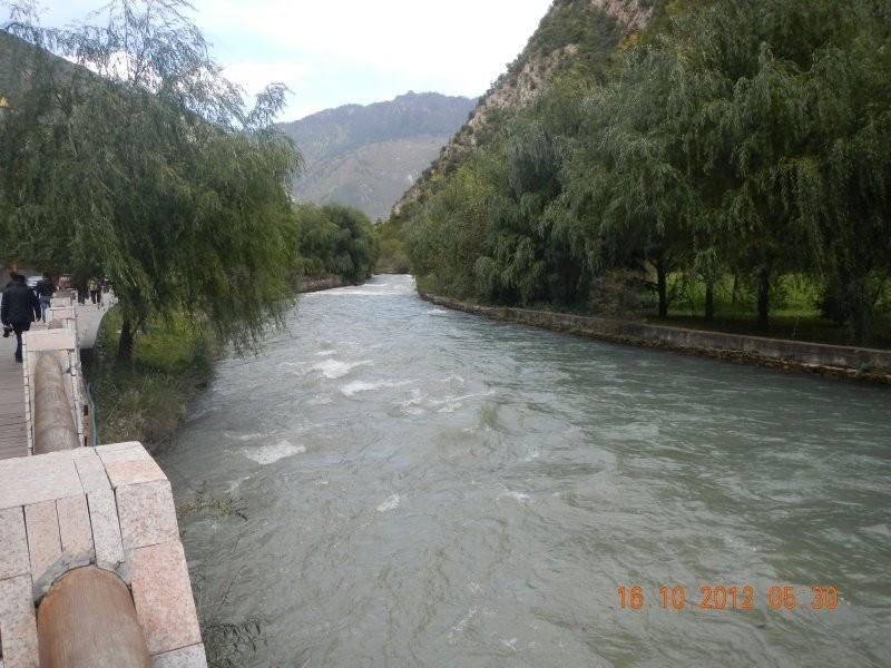 Juizhaiguo - the river flowing through Zhangzhazhen