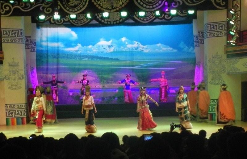 Zhangzhazhen - the Tibetan/Qiang show