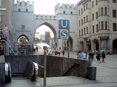 MUNICH,  GERMANY.  --  Entrance  to  underground  railway  at  Karistor  Gate.