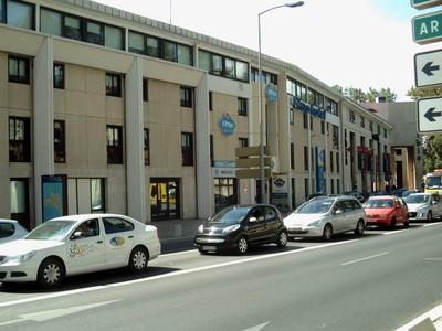 AVIGNON  FRANCE  ---  Atap  hotel,  now  called  Ibis  Budget.