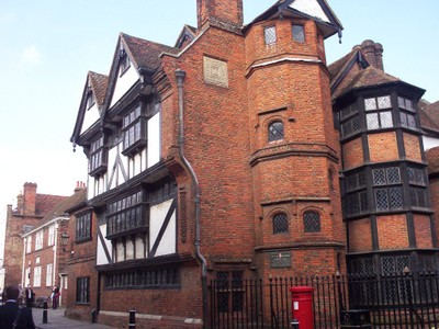 ROCHESTER , KENT,  UK.   -- Eastgate  House, an  Elizabethan  Town  House built  1590 's.   Associated  with  Charles  Dickens. Now  a  museum.