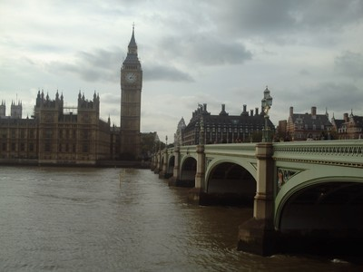 LONDON  ENGLAND,  --   Houses  of  Parliament  and  Westminster  bridge.