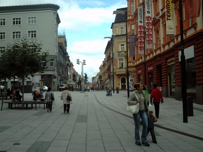 CHEB  CZECH.    The walk from the rail station.