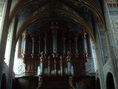 ALBI  FRANCE.  --   Cathedral  organ, in  upper  level  of  the  Nave.  from 1734 ,  rebuilt  1977  to  1981.