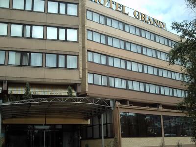 SARAJEVO,  Hotel  Grand,  3  Star,  behind  railway  station.in Muhameda Ef Pandre.  Friendly  staff.