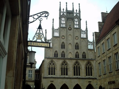 MUNSTER,  GERMANY,    Rathaus,   Town  Hall.--Destroyed in WW2.  Rebuilt !950 - 1958.