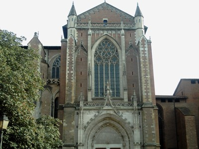 TOULOUSE  FRANCE.  St. Etienne  cathedral.  Side  entrance.