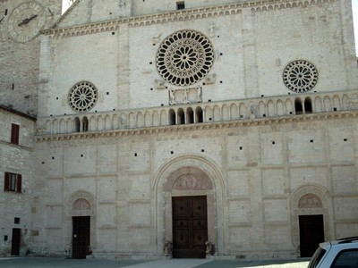 ASSISI   ITALY.   Facade  of  cathedral  di  San Rufino.
