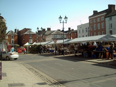 LUDLOW,  ENGLAND,    --  Market  in Castle  St.  Square.