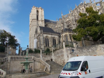 LE  MANS,  FRANCE.  Cathedral,  fine  Gothic  building.  RC.