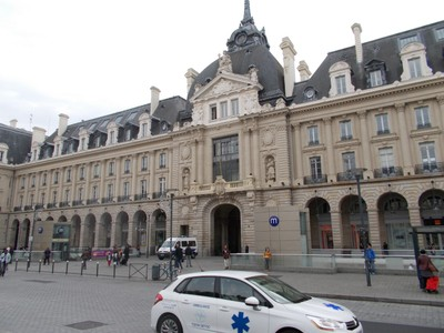 RENNES,  FRANCE. ---Palace of Commerce.