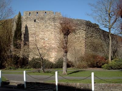 LUDLOW,  ENGLAND.  ---   Castle