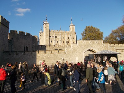 TOWER OF  LONDON.   Tower founded by William the Conqueror in 1100.