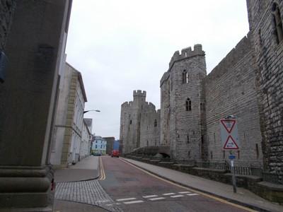 CAERNARFON  WALES UK.  Castle wall.