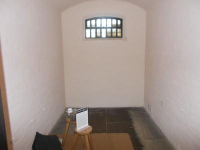 LINCOLN . Cell in old prison.