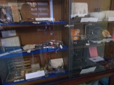 23 STONEGATE YORK.  Medical instruments.