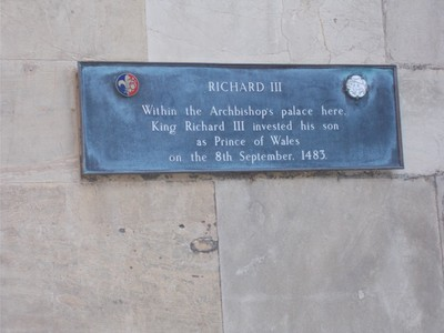 PLAQUE OF RICHARD 111 SON.