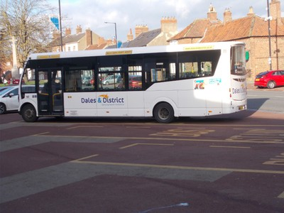 BUS FROM NORTHALLERTON TO THIRSK.--35 minutes. 20 miles. --Dales and District buses.  Only 3 a day this bus company.