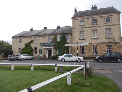 HOVINGHAM, WORSLEY ARMS PUB AND HOTEL.
