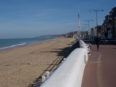HONFLUER,  FRANCE.   Beach in the month of March.