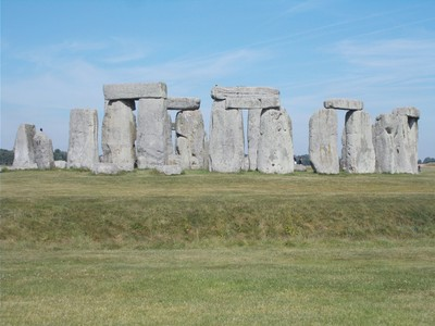 STONEHENGE.  Ring of Standing Stones.