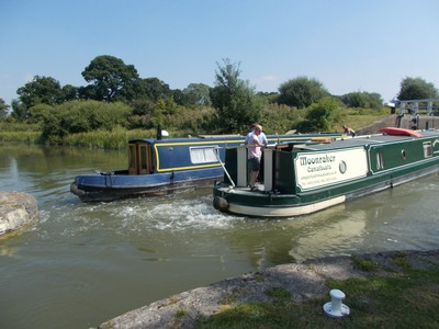 CAEN HILL LOCKS.   Between Rowde and Dezizes  29 locks  with a rise of 237 feet in 2 miles.