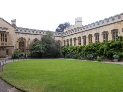 OXFORD  UK.  Quadrangle in Balliol College.