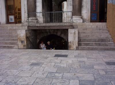 SPLIT CROATIA.    Entrance to Roman Palace.