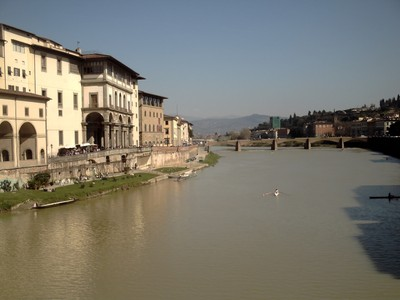 HISTORIC  FLORENCE  ITALY...River  Arno.