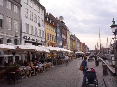 COPENHAGEN      Nyhavn  canal.
