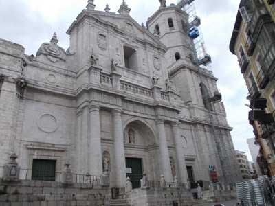 VALLADOLID,  SPAIN.   --  R.C.  Cathedral  in  Calle Arribas.
