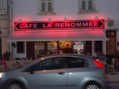 LA  ROCHELLE ,  FRANCE...Cafe/Bar.