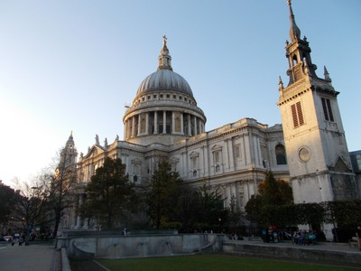 "ST. PAUL""S  CATHEDRAL  LONDON.--  Sir Chistopher Wren""s  famous church. of over  300 years."
