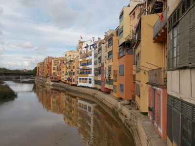SPAIN   GIRONA  By the river Onyar.