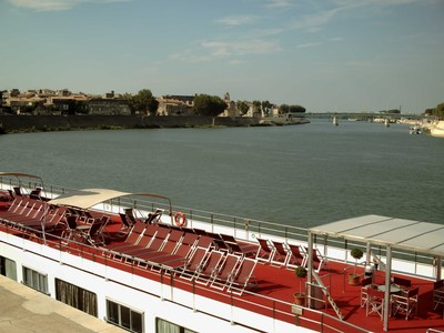 ARLES,  FRANCE.   BOAT  TRIPS  ON THE  RIVER  RHONE.