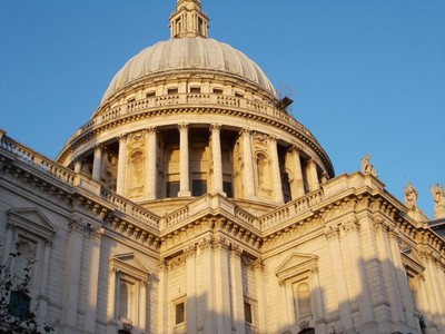 "ST. PAUL""S  CATHEDRAL,  LONDON.   --10  minutes walk from  Tower of  London."