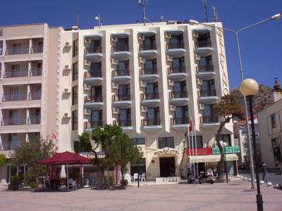 TURKEY  CESME,    Hotel Ridvan. -- Over 30 rooms,-- Turkish  breakfast  .--Seafront.-- Near Marina.   --- Castle 250m .