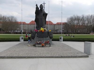 SZCZECIN  POLAND... Statue of Pope John Paul 2 in Jasne Blonia Park.