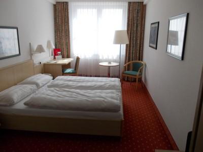 SCHWERIN   GERMANY.  .  Comfy room .
