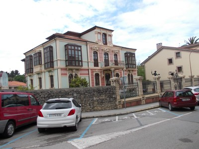 LLANES,  SPAIN.---  House  in  Pidal.--  Years  ago some  locals  emigrated  to  America ,  made  their  fortunes and  returned  to  Llanes they  built  posh  houses of which  this is  one.