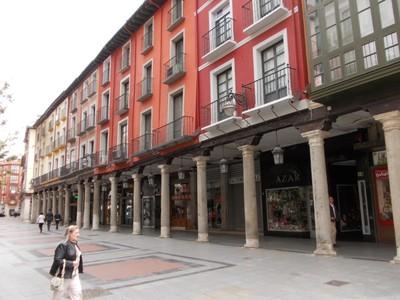 VALLADOLID,  SPAIN.   -- Plaza D Fuente Dorada.