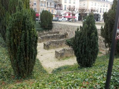 REIMS,  FRANCE. --  Roman  remains.