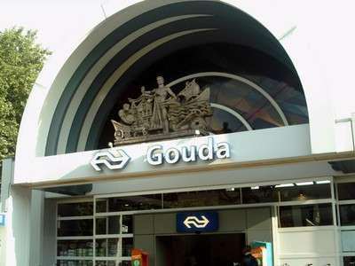GOUDA  HOLLAND...Rail station.  There are two rail stations.  Gouda and Gowerwelle.