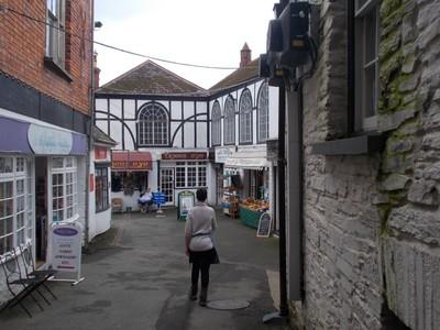 CARDIGAN WALES, Small courtyard.