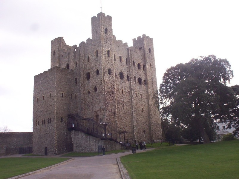 ROCHESTER,  KENT  ,UK. --  Castle  Keep, said  to  be  the  best  preserved  in England  or  France.