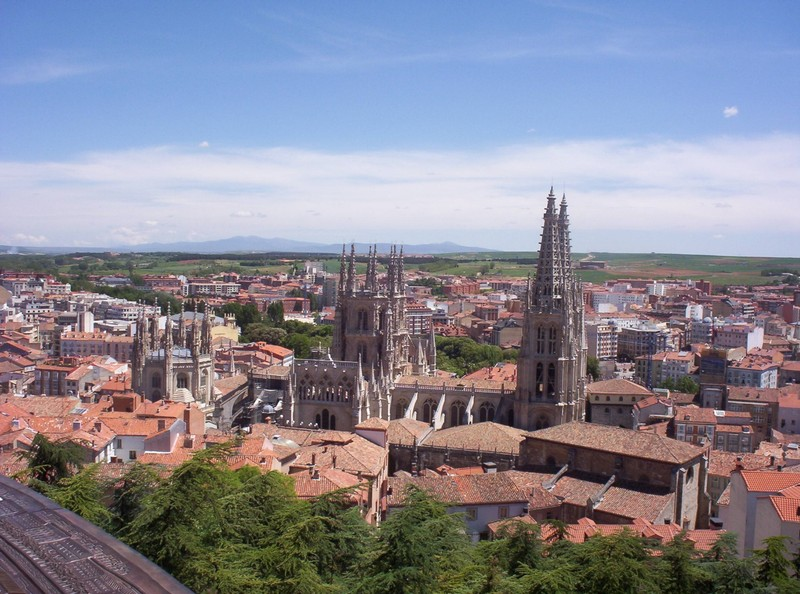 SPAIN  BURGOS.   Chapel of Constable,to the left.  Octagnal Tower in middle,  Twin Towers of Cathedral to right.