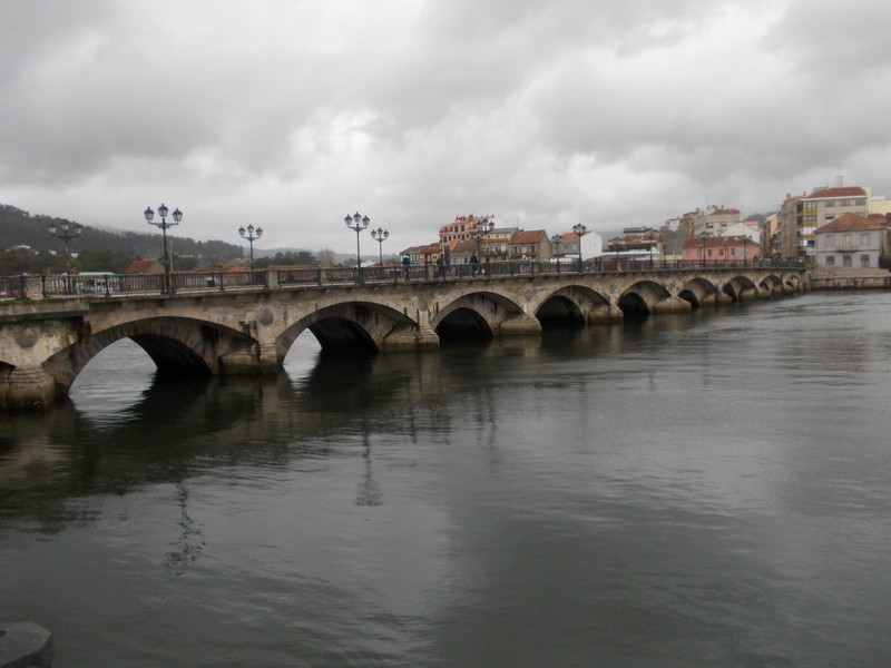 PONTEVEDRA   SPAIN.  --Burgo  Bridge  over  river Lerrez.