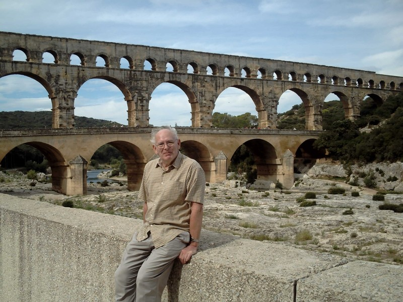 PONT DU  GARD.   Over the  river  Gardon.